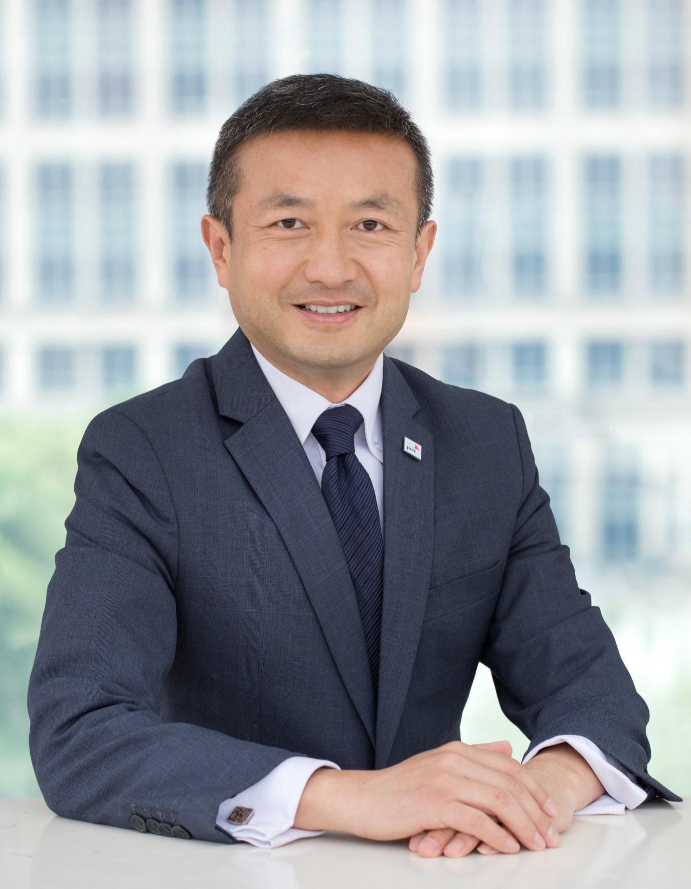 Elton Huang